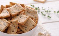 ricetta-crackers-fatti-in-casa-con-semi-farro-kamut