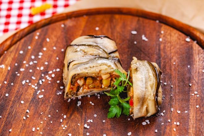 ricette-per-pasqua_fagottini-melanzane-ripieni-ragu-verdure-vegan