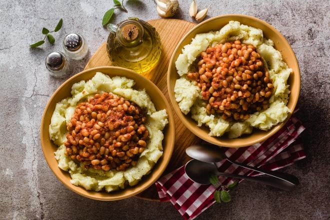 ricette-per-pasqua_purea-patate-fagioli-pomodoro