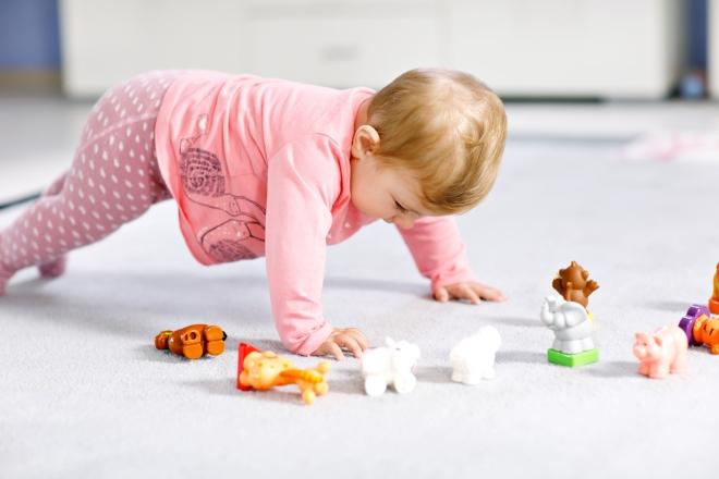 attivita-intelligenti-bambini-1-anno