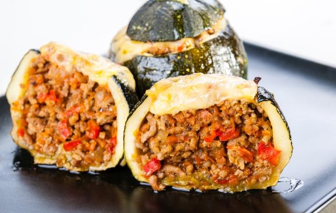 ricette-con-zucchine-tonde-ripiene-carne