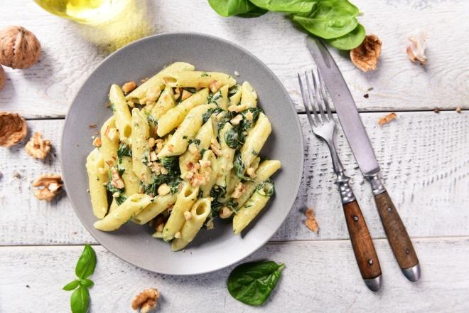 ricette vegetariane di primi piatti: spinaci e gorgonzola