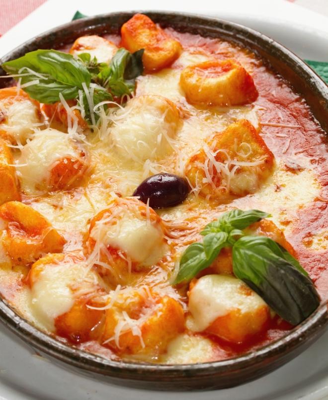 ricette vegetariane di primi piatti: gnocchi al forno