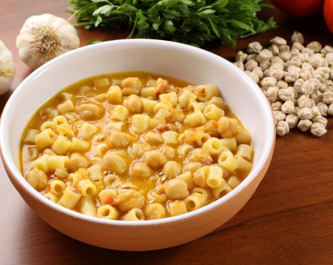 ricette vegetariane di primi piatti: pasta e legumi