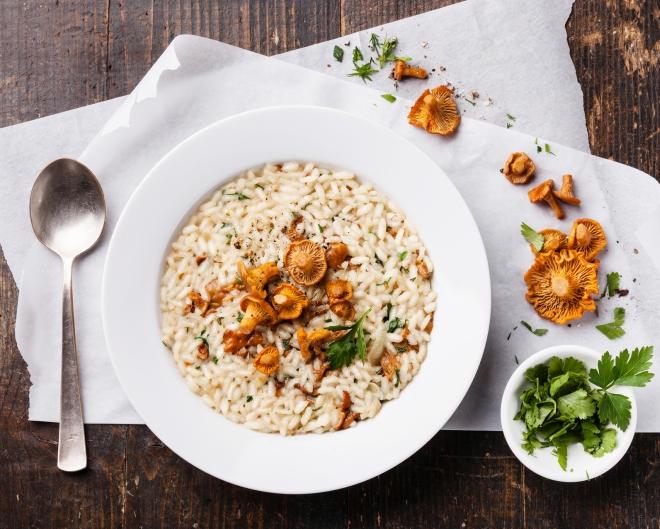 ricette vegetariane di primi piatti: risotto ai funghi