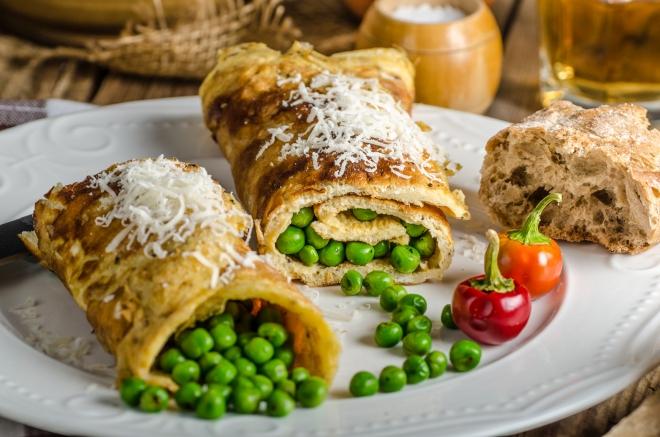 ricette-vegetariane-secondi-piatti_omelette-piselli