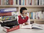 Come organizzare i libri scolastici e la libreria dei bambini