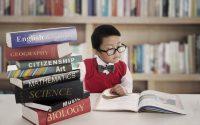Come organizzare i libri scolastici