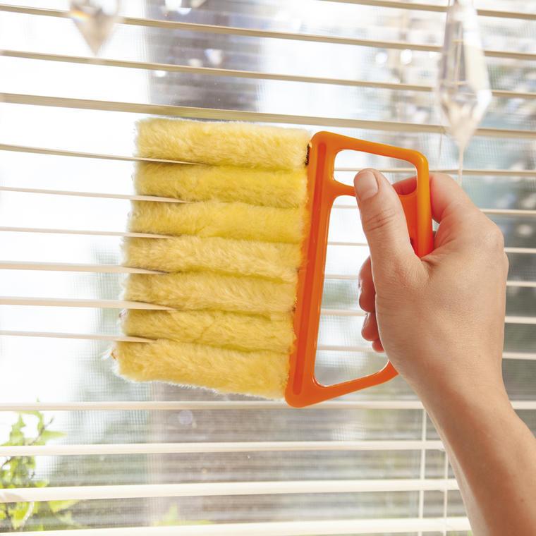 spazzola per pulire le veneziane