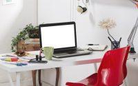organizzare-la-scrivania-renderla-piacevole-e-funzionale
